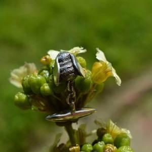 Bee-Cufflinks-2---Emma-Keating-Jewellery