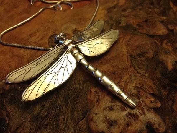 Dragonfly-Pendant-8---Emma-Keating-Jewellery