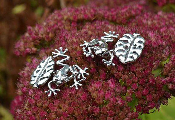 Frog-Cufflinks-7---Emma-Keating-Jewellery