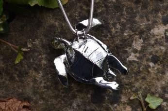 Green-Sea-Turtle-2---Emma-Keating-Jewellery