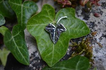 Ivy-Leaf-3---Emma-Keating-Jewellery