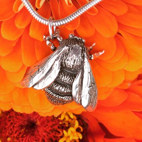 Queen Bumblebee Pendant - Emma Keating Jewellery