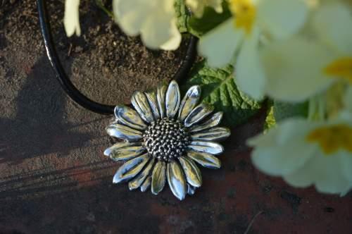 oxeye daisy pendant, Emma Keating Jewellery