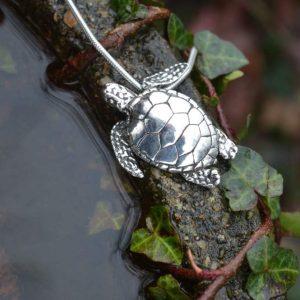 Green Sea Turtle Pendant (small) - Emma Keating Jewellery