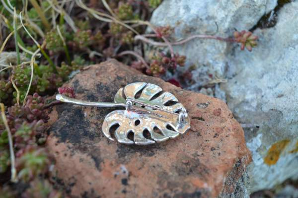 Cheese Plant Leaf Brooch underside s - Emma Keating Jewellery