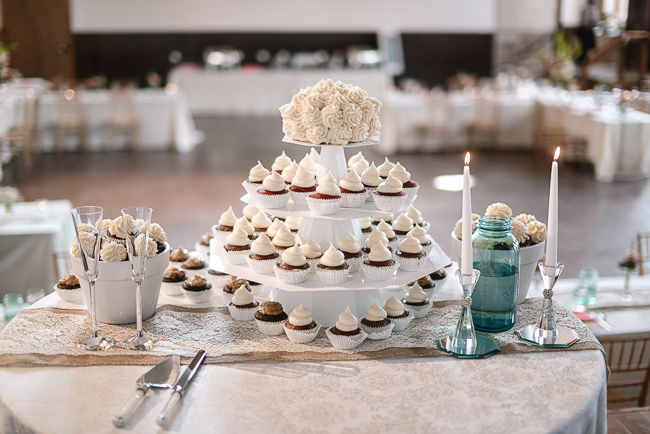 the cupcake tower | photo: Photos by Kristopher | via http://emmalinebride.com
