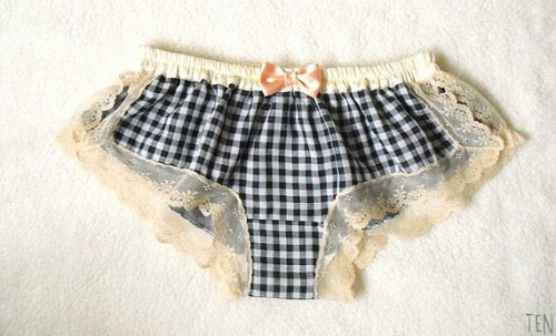 picnic wedding - gingham panties