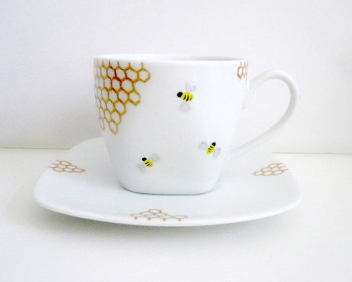 bee themed tea cup and saucer