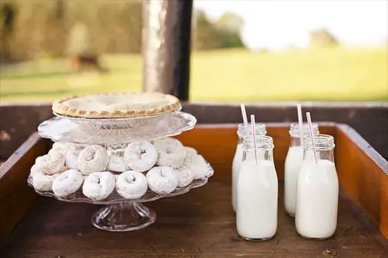 doughnuts at weddings