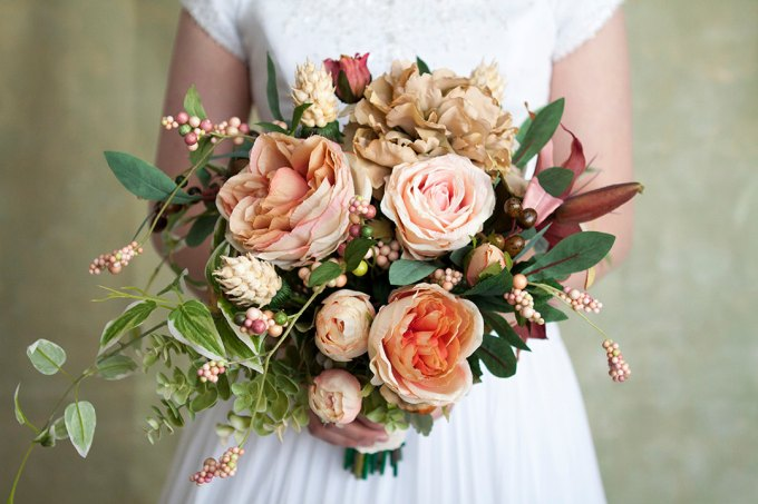 30 Best Alternative / Fake Flower Bouquets for Weddings | Emmaline Bride