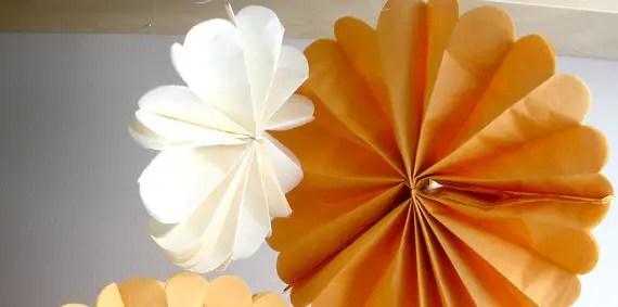 tissue poms