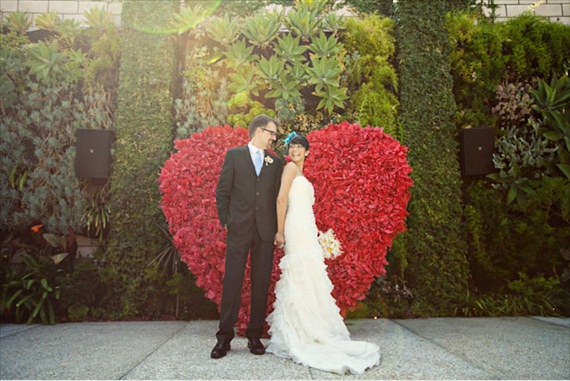 cerermony backdrops red heart