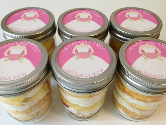 cupcakes in a jar bridal shower favor