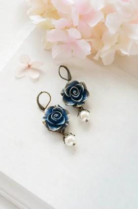 navy blue rose earrings by lechaim