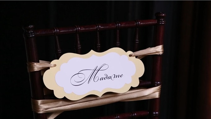 brides chair sign madame | A Luxurious Wedding at the Kohl Mansion (California Weddings) | http://www.emmalinebride.com/real-weddings/a-luxurious-wedding-at-the-kohl-mansion-real-wedding-video/ | Film (Wedding Video): Baby Blue Film