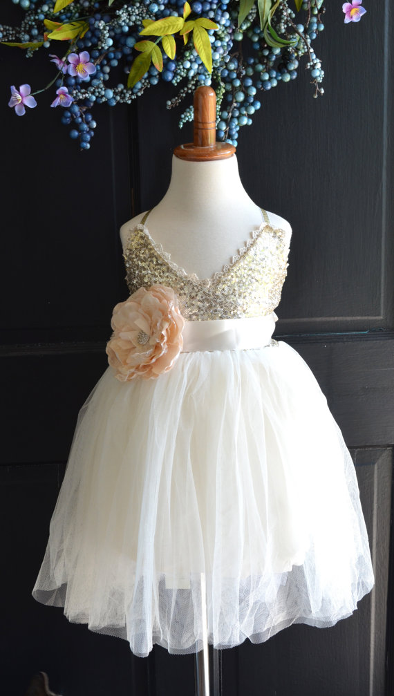 Who Pays for Flower Girl Dress? — Ask Emmaline