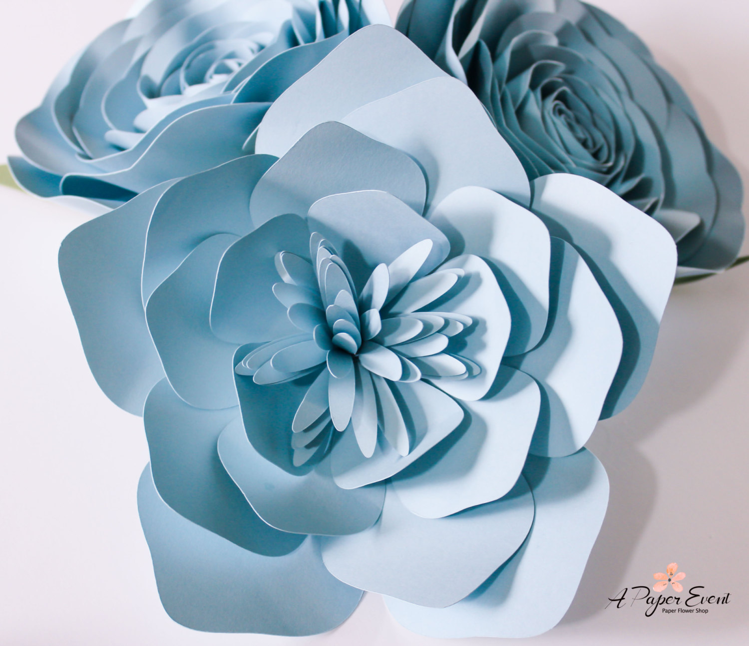 These Paper Flower Backdrops Are Beautiful For Weddings