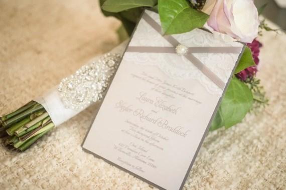 Crystal bouquet wrap by SparkleSMBridal   wedding bouquet wraps: http://emmalinebride.com/bouquets/wedding-bouquet-wraps/