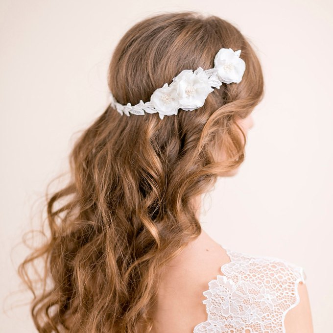 ranunculus flowers hair accessory hair down hairstyle | hairstyles accessories weddings | http://emmalinebride.com/bride/hairstyles-accessories-weddings/ | via florentes: http://etsy.me/22yo1LX