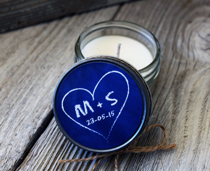 chalkboard heart design | wedding candle favors | http://emmalinebride.com/wedding/candle-favors/