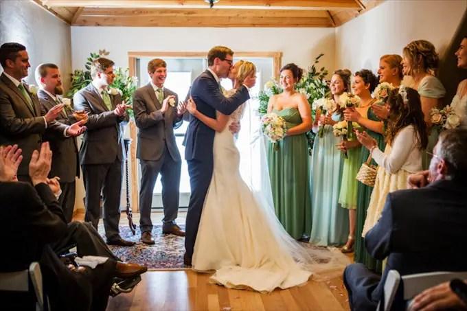chalet_view_lodge_wedding_portola_california_grooms_kisses_bride_johnstone_studios_10