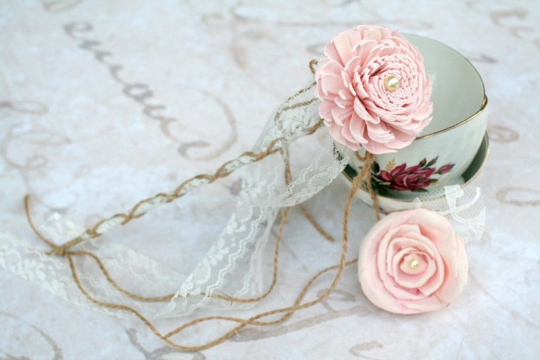 flower girl wand in pink