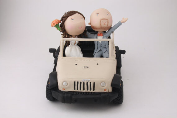 figurine wedding cake toppers jeep couple