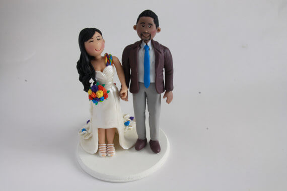 figurine wedding cake toppers with bouquet