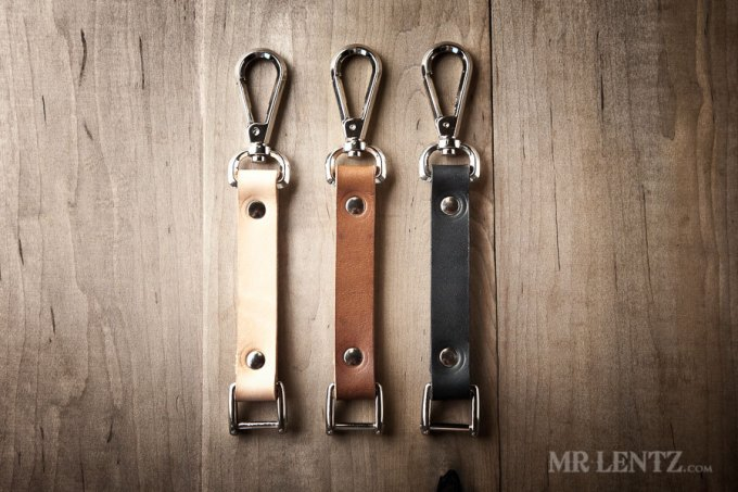 personalized-leather-keychain-groomsman
