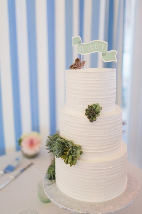 sage wedding cake with succulents and best day ever topper | via Sage Wedding Ideas from http://emmalinebride.com/color/sage-green-wedding-ideas/