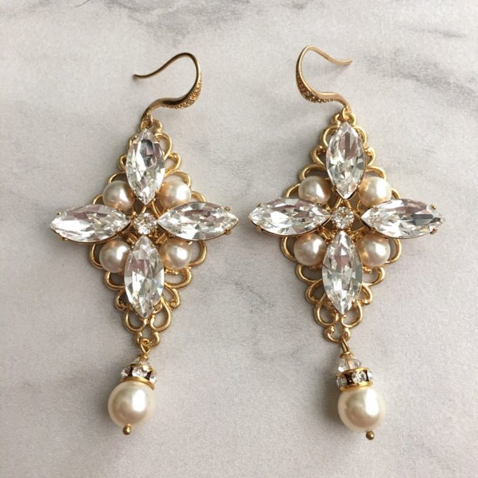Cool Swarovski Chandelier Earrings for the Bride By Tigerlilly Couture http etsy