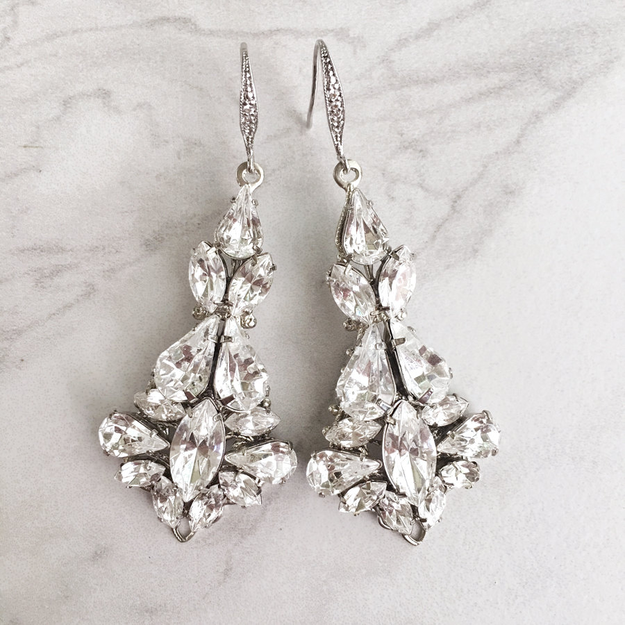 Silver chandelier earrings at home and interior design ideas elegant swarovski chandelier earrings for the bride by tigerlilly couture http etsy arubaitofo Image collections