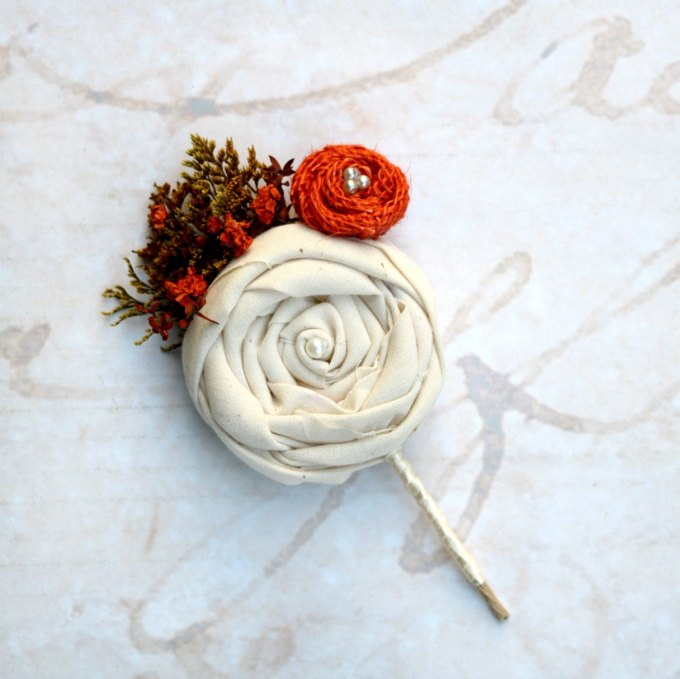 ivory dried flowre boutonniere