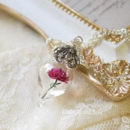 magenta-flower-necklace