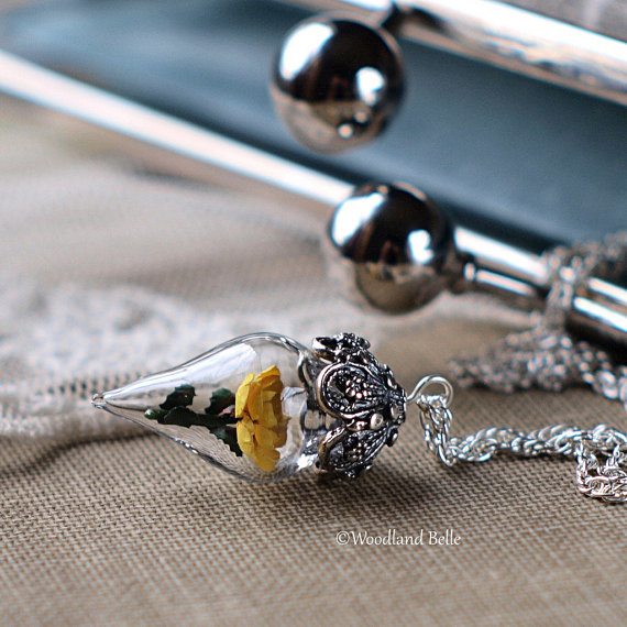 yellow-flower-necklace-gallery