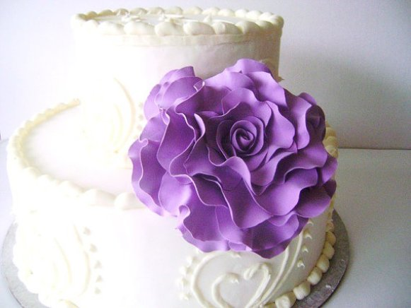 purple-rose-cake-topper