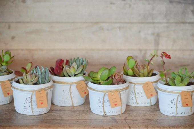 Succulents in Mason Jars Favor Idea for Weddings