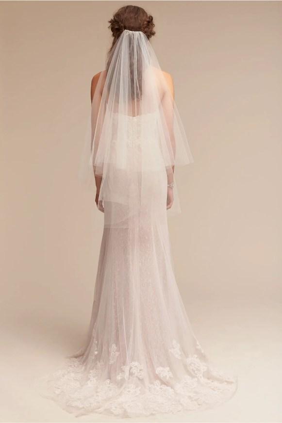 back-of-cirque-veil