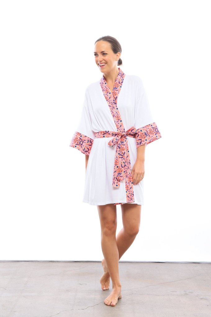 destination-wedding-robe