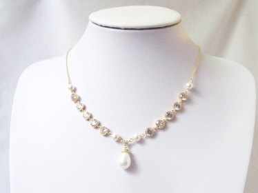 pearl-and-crystal-bridal-necklace