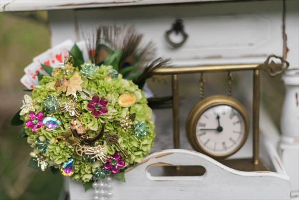"""Alice in Wonderland"" Wedding Theme Ideas"