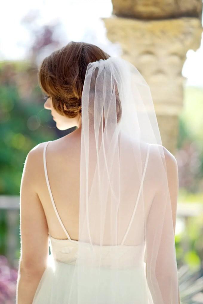 long wedding veils under $200 by Tessa Kim | http://emmalinebride.com/bride/long-wedding-veils-under-200/