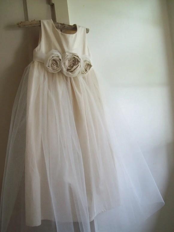 rustic style flower girl dress
