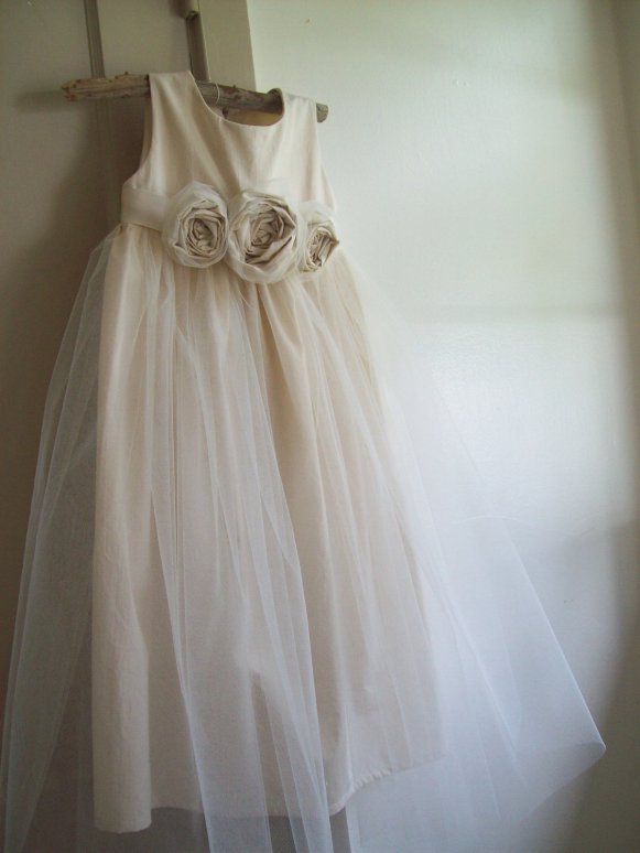 rustic style flower girl dress