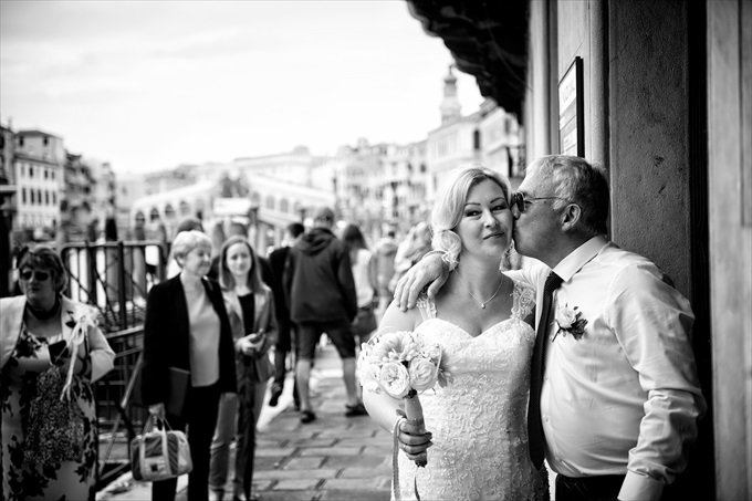 destination venice wedding | Planned By Venice Events - http://emmalinebride.com/real-weddings/destination-venice-wedding/ ‎