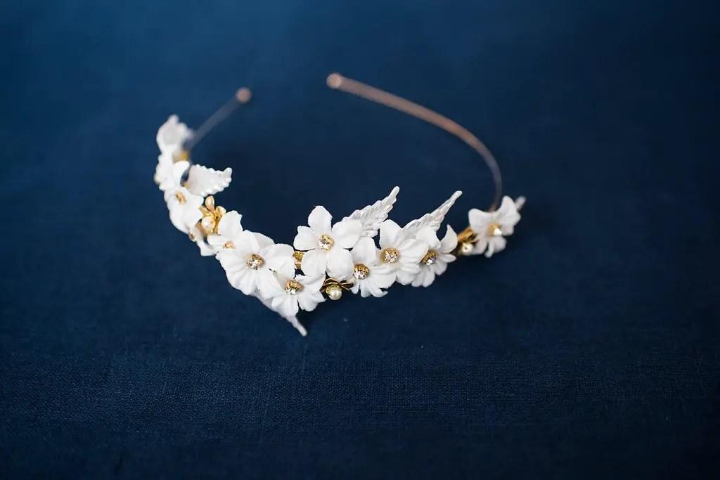 bridal hair accessories hair down styles   designed by tessa kim   photo by deyla huss