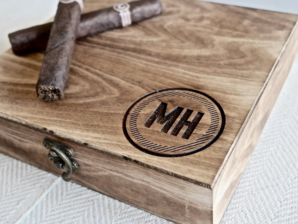 personalized cigar box | by swanky badger