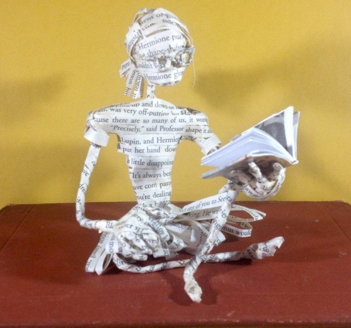 harry potter book figurine by ThePoetTrees