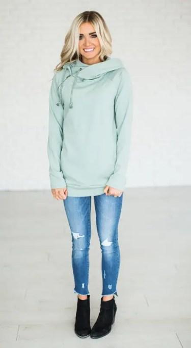 bridesmaid sweatshirts via http://bit.ly/2sbhgpQ
