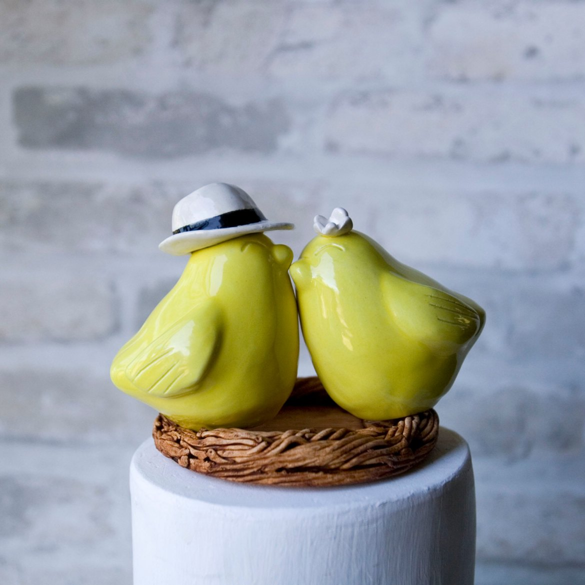 These Cute Love Birds Make Beautiful Cake Toppers for Weddings